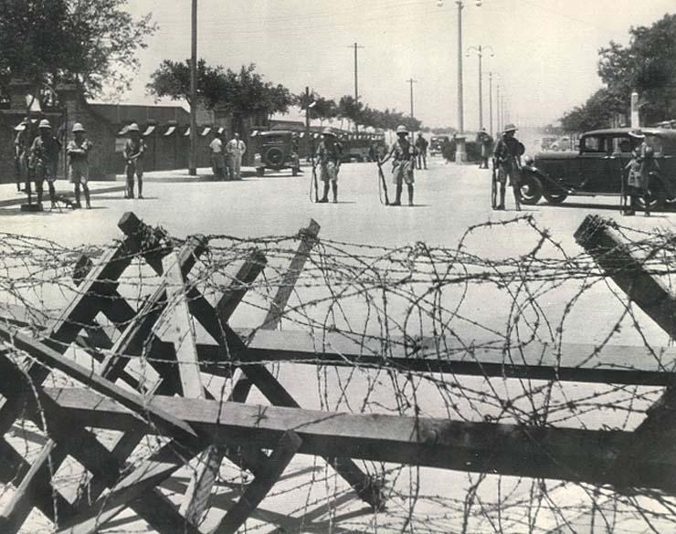 Tientsin concessional barricades