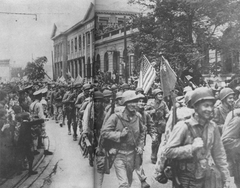 US Marines entering Tientsin