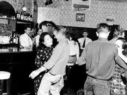 Bar life in Tientsin after 1945